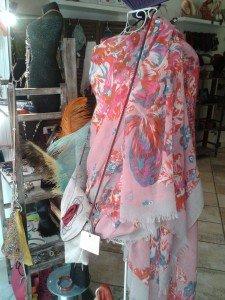 Les nouveaux foulards sont arrivés !!!! dans BIJOUX 2013-04-17-12.23.13-225x300